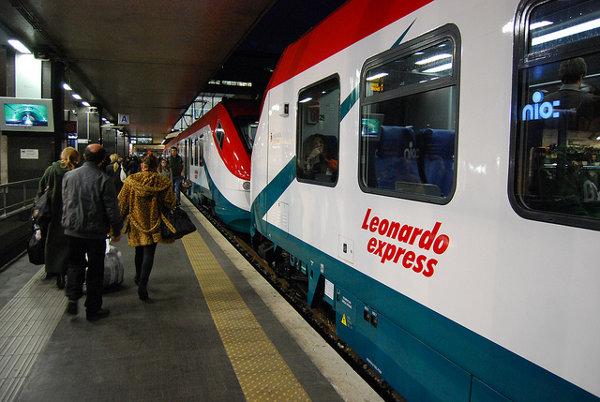Tren-Leonardo-Express-de-Roma