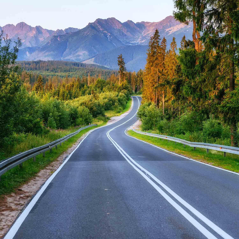 Las mejores carreteras del mundo para recorrer este verano 2021